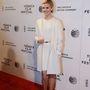Maggie Grace fehér Kaufmanfranco összeállításban jelent meg az About Alex premierjén a Tribeca Filmfesztiválon.