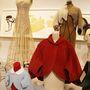 1956-ban a tervező gyerekruhákkal is elkezdett foglalkozni, de két évre rá visszavonult.