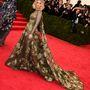 Kate Mara Valentino Couture ruhája nekünk nem a kedvencünk, de hátha önnek bejön.
