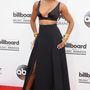 Kelly Rowland mindent megtett, hogy villantson.