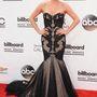 Kesha gót sellőnek öltözött.