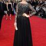 Május 18-án tartották az Arqiva British Academy Television Awards-ot, avagy rövidebb nevén TV BAFTÁ-t. Sophie Ellis-Bextor elképesztően csinos és elegáns a felül gyöngyös fekete estélyiben.
