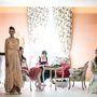 """Az Ausztria kortárs oldalát bemutató kiállításra az osztrák divattervező egy """"divatkockát"""" készített, egy különleges, bejárható fotómontázst, mely akár a Mad Men Betty Draperének szobája is lehetett volna."""