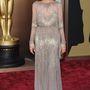 Angelina Jolie még év elején viselt hasonló ruhát az Oscar-esten