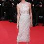 Paz Vega eredeti nevén Paz Campos Trigo, spanyol színésznő. A Grace of Monaco premierjén egy Elie Saab Couture estélyiben volt csinos. Lábán Louboutin 'Pigalle Follies', fülbevalója Chopard.