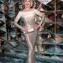 Fonda szereti a flitteresen csillogó ruhákat: a Chopard Trophy bulin így ragyogott.
