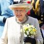 II. Erzsébet királynő biztosan büszke rá, mivel ő maga is elég gyakran hordja.