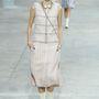 A Chanel is vastagon benne van abban, hogy a gyöngyök újra divatba jöttek: ez a tavaszi-nyári kollekció.