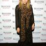 Mary-Kate Olsennek kabátja, táskája, cipője és sálja is van ilyen mintával.
