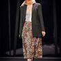 A márka már másodszor rendezett Londonban 15 perces divatbemutatót őszi-téli kollekciójának, melyet  Louis Rodriguez, az F&F New York-ban élő stylistja tervezett meg.