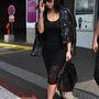 Kim Kardashian nem meglepő módon teljesen fekete szettbe illesztette bele.