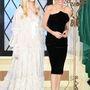 Az Alexander McQueen hálóruhában pózoló Fanning és Jolie a tokiói filmpremieren.