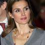 Az olcsónak tűnő nyakláncoktól sem riad vissza a spanyol királyné.
