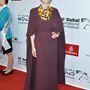 Blanchett aranykiegészítőkkel stylingolta a lila ruhát