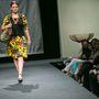 A Romani Design márkanevet 2010-ben egy Akácfa utcai varrodából indította   Varga Erika tervező azzal a céllal, hogy a roma viseleti kultúra szépségeit és értékeit beemelje a kortárs ruhatervezés világába.