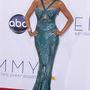 Zuhair Murad smaragdzöld ruhájában a 2012-es Emmy Awardson.