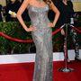 A ruhánál is feltűnőbb nyakláncot a 20. Annual Screen Actor's Guild Awardson viselte 2014-ben.