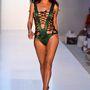 Még mindig közönséges. A modell Adriana De Moura, tévés személyiség.