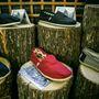 Kényelmes, könnyű és divatos cipők, ráadásul jótékonykodunk is a vásárlással.