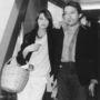 Serge Gainsbourg és felesége, Jane Birkin a londoni repülőtéren 1977-ben.