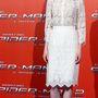 Emma Stone a Pókember római premierjére érkezett fehér csipke ruhában.