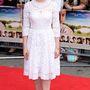 Sarah Gadon is egy ilyen Dolce & Gabbana ruhában érkezett egy londoni filmpremierre.
