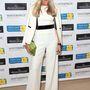 A fehér overall és a fehér zakó tökéletes kombinációja Amanda Wakeley-től.