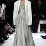 A báli szezonban akár az estélyire is fel lehet venni. (Schiaparelli - Párizsi haute couture divathét - 2014 tavasz/nyár)