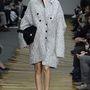 9: A Céline is direkt nagy kabátokat küldött kifutóra