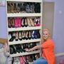 Ez csak az impozáns cipőkészlet egy kis része. Hogy tetszik?