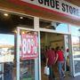 The shoe store: még egy nagyon jónak tűnő bolt, ez most cipős.