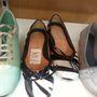 The shoe store: szőrmés balerinát 19990 forintért?
