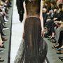 Így festett a modell a Givenchy kifutóján