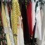 Zara: Félő, hogy a nyári ruháknak már nem lesz nagy keletje, akármilyen olcsón is adják. Pedig szinte mindenből csak egy darab van már.