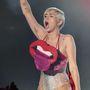 Miley Cyrus nem retten vissza a feltűnő szerelésektől.