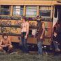 Volt, aki kidekorált iskolabusszal érkezett a fesztiválra.