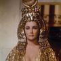 Elizabeth Taylor 1963-ban lépett színes szemfestékkel a kamerák elé.