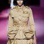 Katonai ruhák inspirálták Marc Jacobsot.