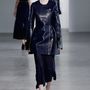 Lakkhatású bőrkabátokat tervezett Calvin Klein a nyárra.