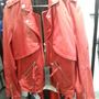 Karl Lagerfeld outlet: ha van 179 eurója, vehet designer bőrkabátot.