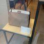 Furla outlet: szép Saffiano bőr táskák, 2-300 euróért.