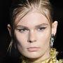 A Prada modelljei sem úszták meg a normcore frizurát.