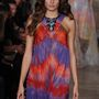 Isabeli Fontana is meghívást kapott az  Emilio Pucci bemutatóra.