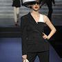 Szeptember 27-én, a párizsi Le Grand Rex moziban mutatta be utolsó ready-to-wear kollekcióját Jean Paul Gaultier.