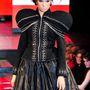 Gyöngyösi Renáta 2011-ben felhívta magára a figyelmet Metallic folklór ruháival.