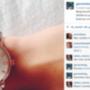 5500 forintért lehet megrendelni a replika Marc Jacobs órát, dobozzal.