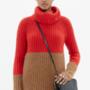 A Madewellnél 24.475 forintot kérnek egy átmeneti kabátnak is beillő pulóverért.