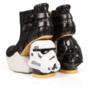 A rohamosztagos sarkú cipőért 275 fontot, 120.535 forintot kérnek a webáruházban.