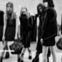 Alexander Wang kedvenc modelleivel és személyes jó barátaival, többek között Lexi Bolinggal, Binx Waltonnal és Hanne Gaby Odielevel készítette el gót stílusú, Bad Girls Club néven futó kampányát az őszi-téli szezonra. A fekete-fehér, szomorkodós hangvételű anyagot Steven Klein készítette a New York-i divatháznak.