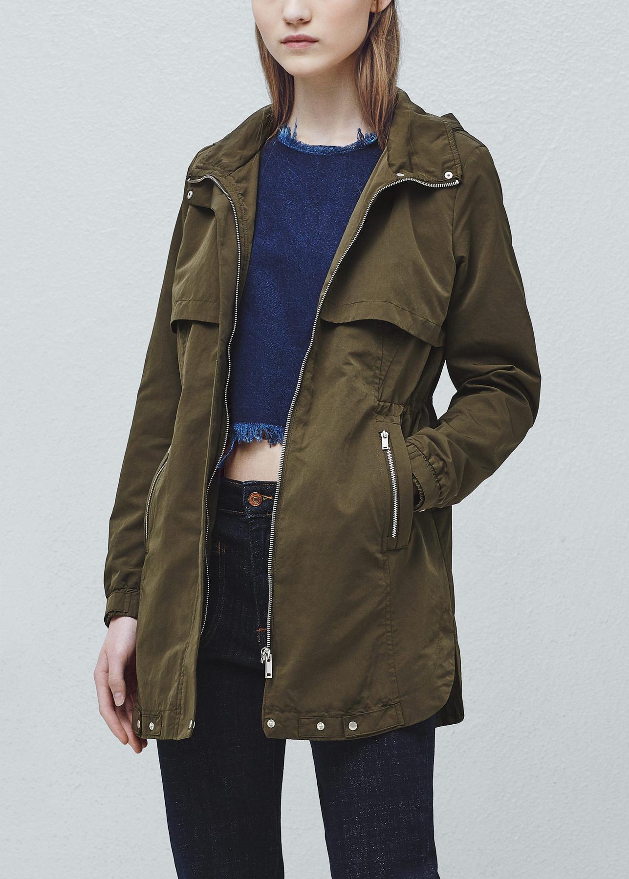 Ez pedig a másik kedvencünk. Szintén Zara, de egy kicsit drágább, 17.995 Ft.